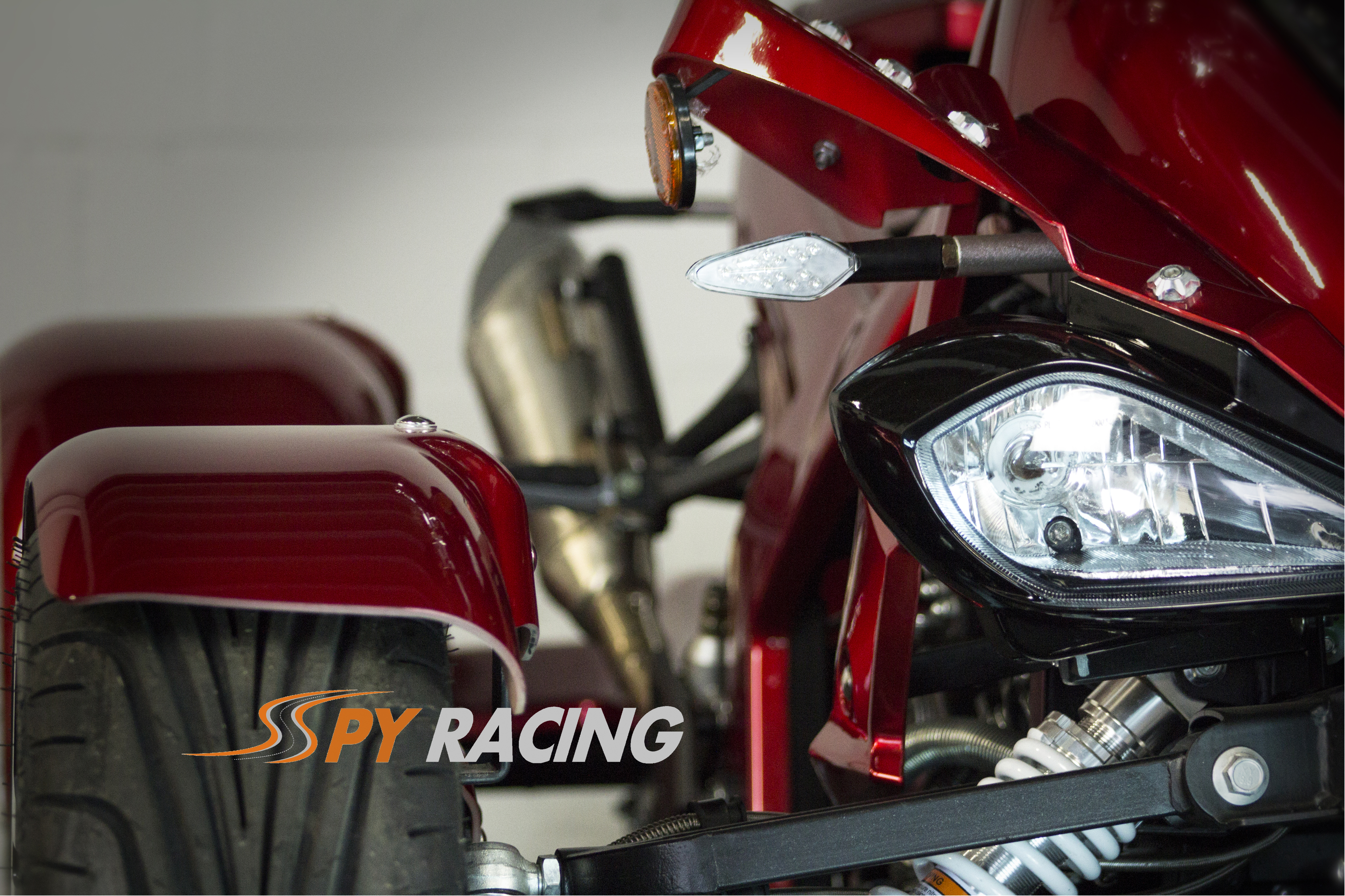 Spy F3 Red -Front-Close